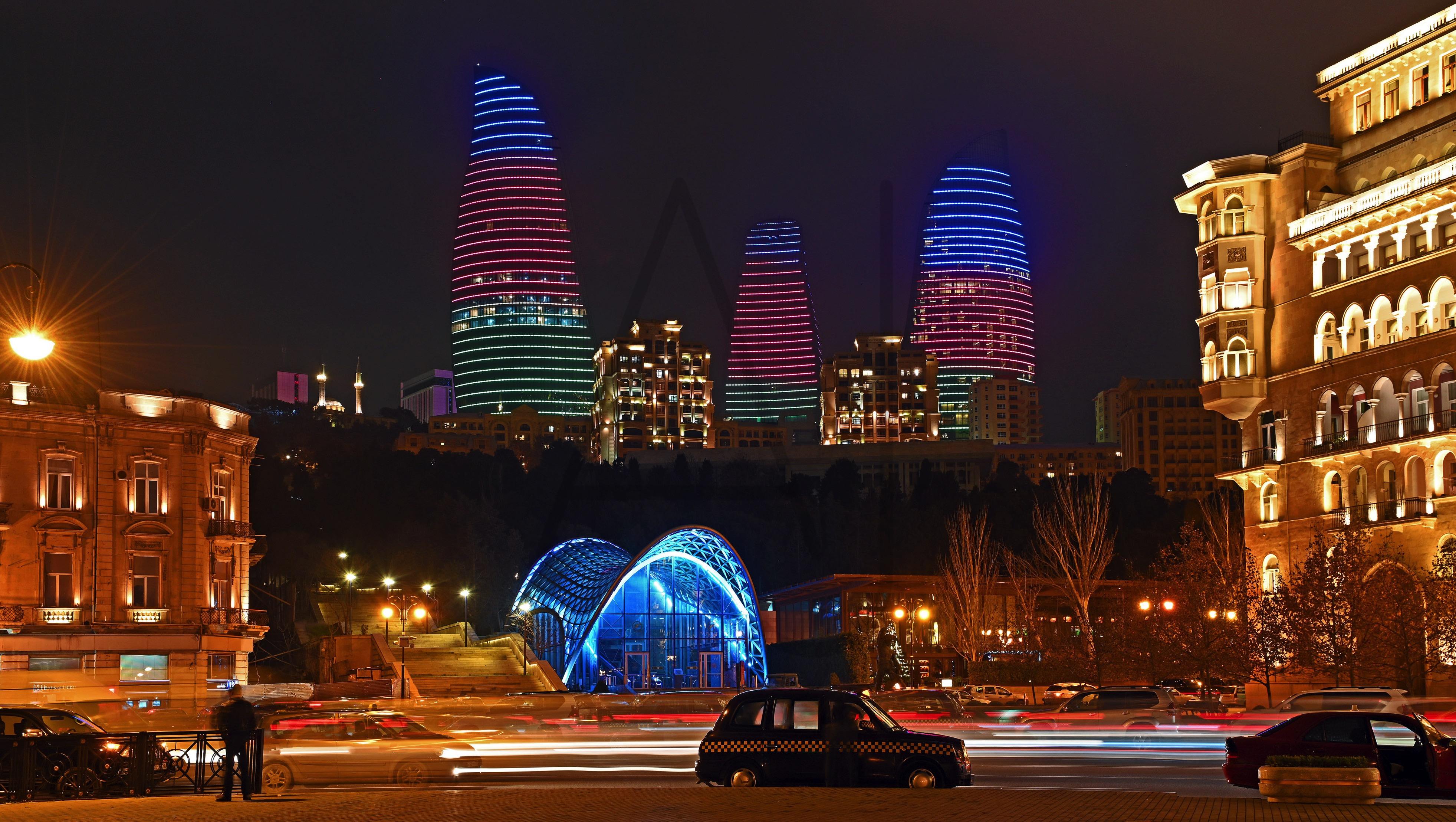 <i>Flame Towers, Baku (Azerbaijan)<i>